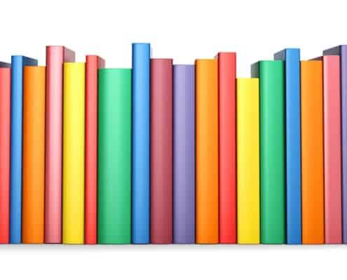 Reihe farbiger Buchrücken