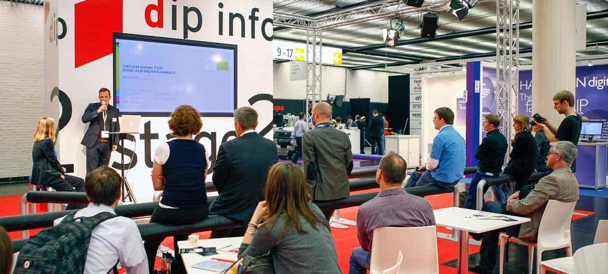 Im drupa innovation park (dip) werden zukunftsweisende Lösungen vorgestellt. (Foto: © Messe Düsseldorf / ctillmann)