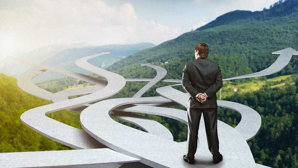 Erfolg ist keine Gerade. Unternehmen, die Marktveränderungen konsequent analysieren und als Chance nutzen, haben entscheidende Vorteile im Wettbewerb. (Foto: © Nomad_Soul / Shutterstock.com)