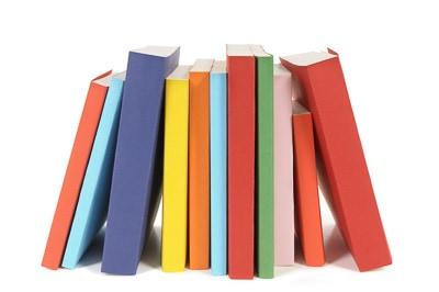 Softcover-Bücher mit farbigem Einband